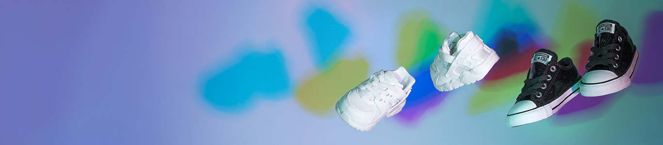 shop kids white nike huarache trainers and converse plimsolls at schuh