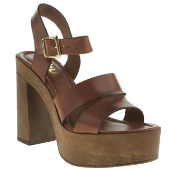 Schuh Tan Bloom High Heels