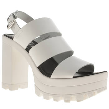 Schuh White Hype High Heels