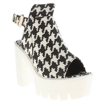Privileged White & Black Drifter Cuff High Heels