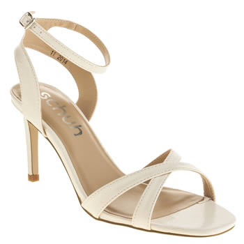 Schuh White Fancy Low Heels