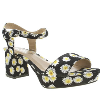 Womens Schuh Black & White Vibez Low Heels