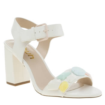 Womens Schuh White Goofball Low Heels
