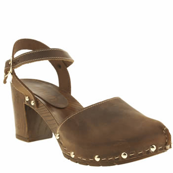 Womens Schuh Brown Picnic Low Heels