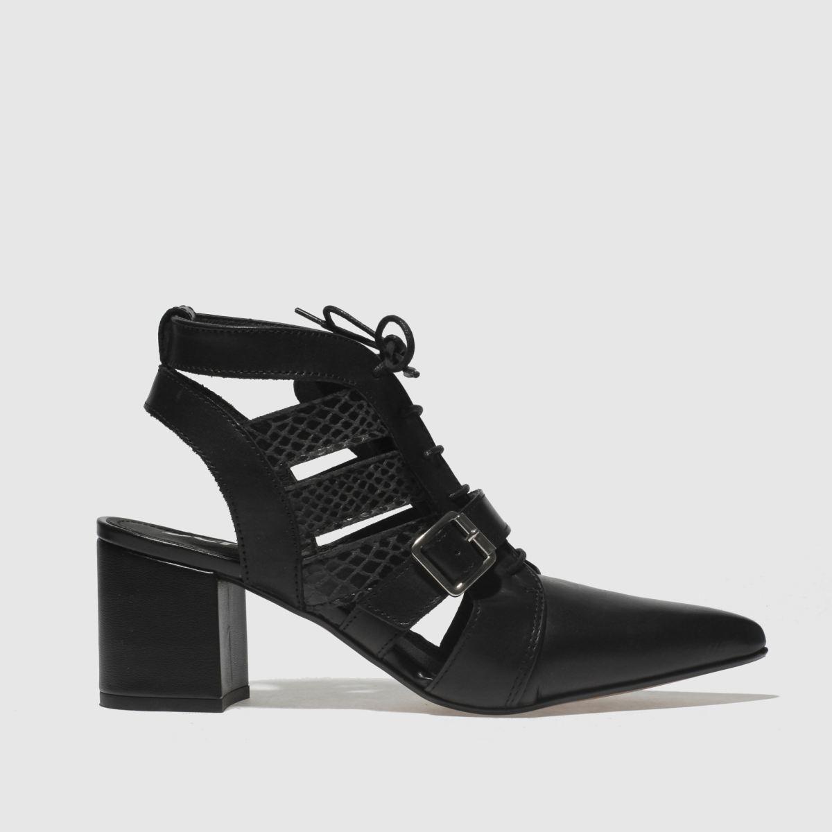 schuh Schuh Black Driven Low Heels