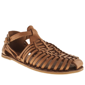 Schuh Tan Cherry Pie Sandals