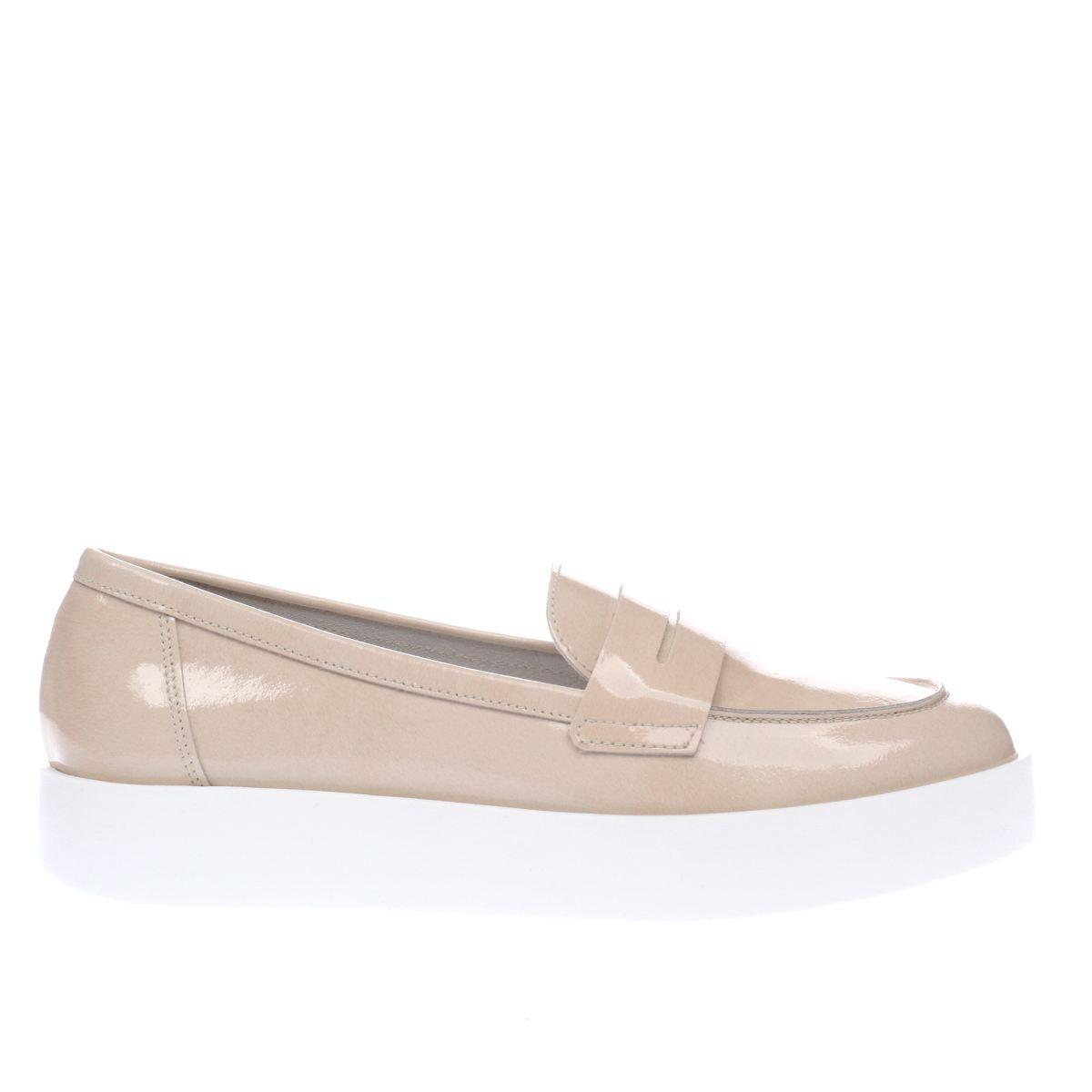 schuh natural circuit flat shoes