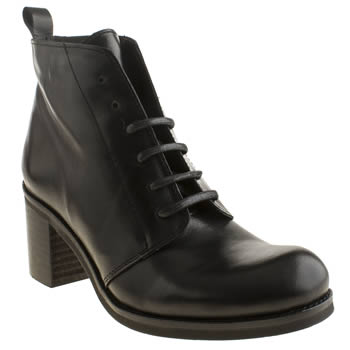Womens Schuh Black Twisted Boots
