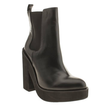 Schuh Black Head Over Heels Boots