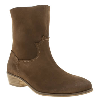 Schuh Tan Cluster Boots