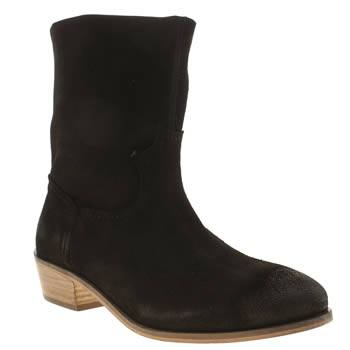 Schuh Black Cluster Boots
