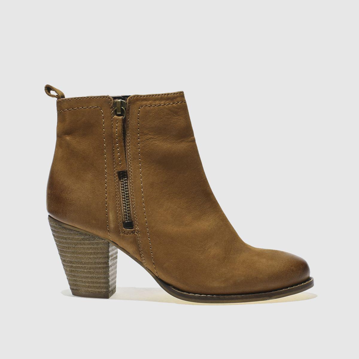 Schuh Tan Champ Boots