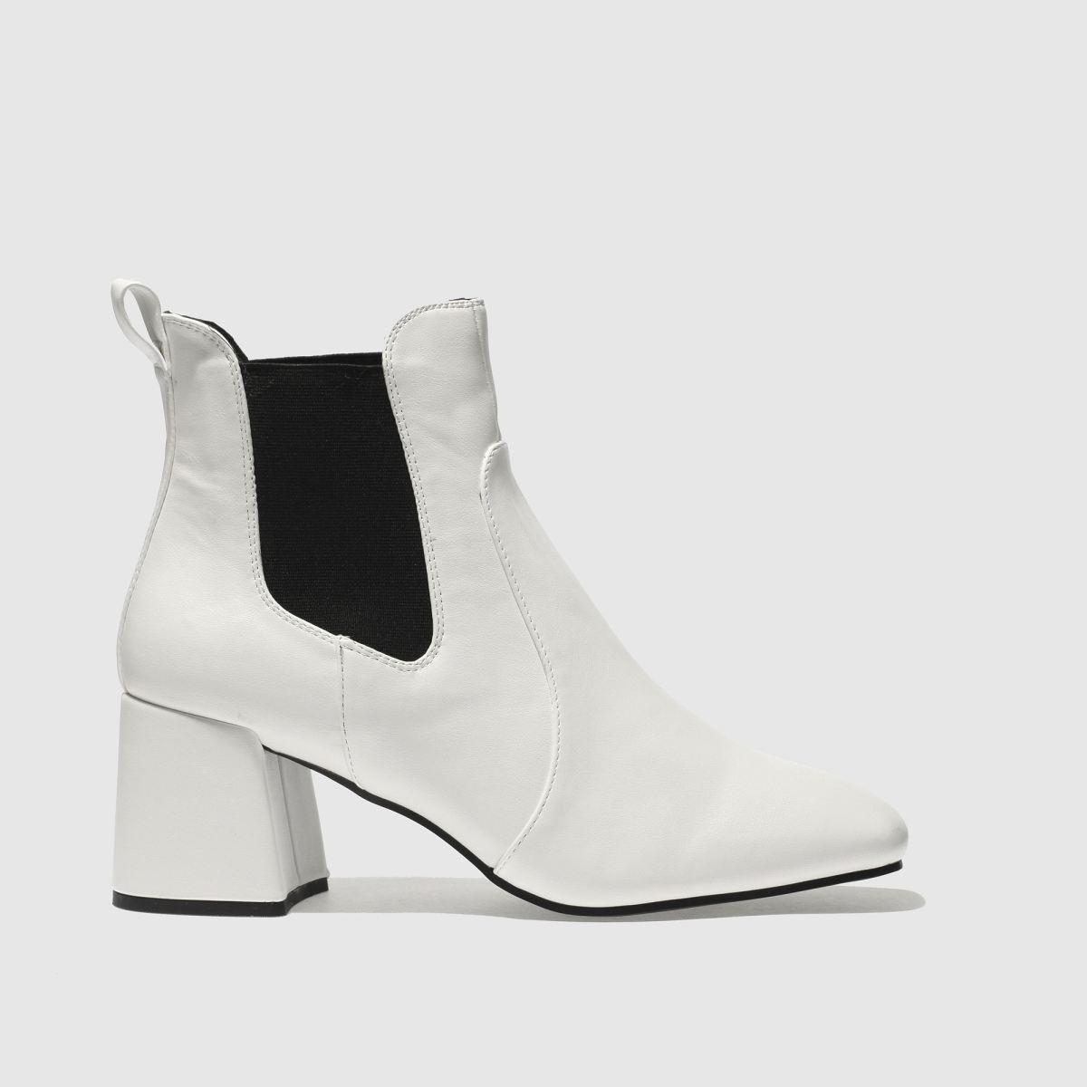 Schuh White & Black Fresh Boots