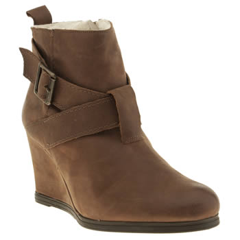 Womens Schuh Brown Surprise Boots