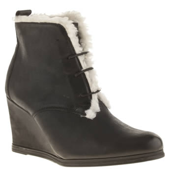 Schuh Black Miracle Boots