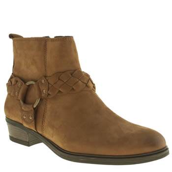 Schuh Tan Howdy Boots