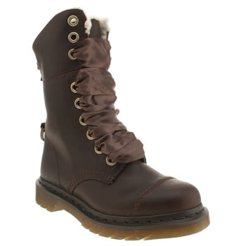 Womens Dr Martens Brown Triumph Aimilita 9 Eye Boots