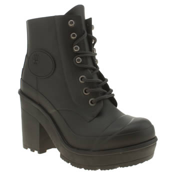 Hunter Black Bullseye Block Heel Boots