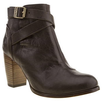 womens red or dead brown kala boots