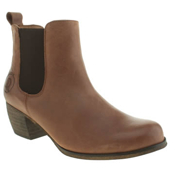 Red Or Dead Tan Wilderness Boots