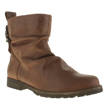 Womens Red Or Dead Tan Power Boots