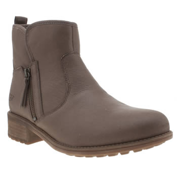 UGG BROWN LAVELLE BOOTS