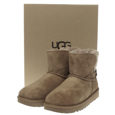 ugg boots 89.99