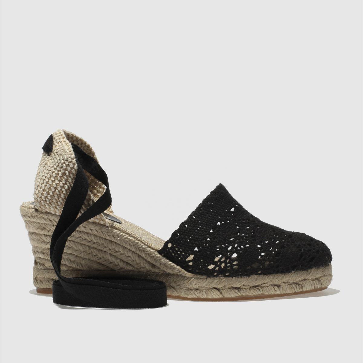 Schuh Black Parade Ii Sandals