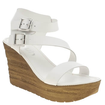 Schuh White Sundown Sandals