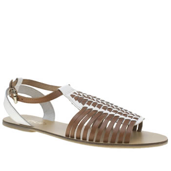 Schuh Tan Scoop Sandals