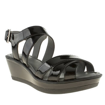 Womens Hush Puppies Black Roux Cross Strap Sandals