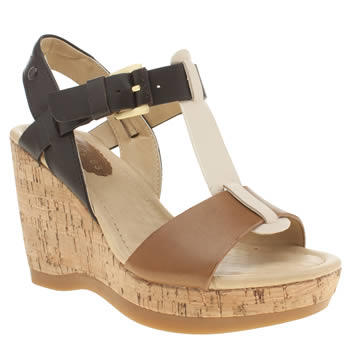 Hush Puppies Tan Greta Lucca Sandals
