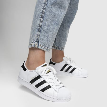 B23641 adidas Boys Superstar Foundation J White 7 Ftwwht