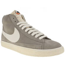 Light Grey Nike Blazer Suede Vintage