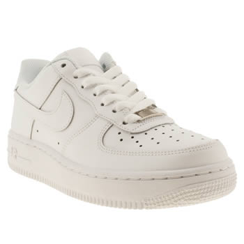 womens nike white air force 1 06 low trainers