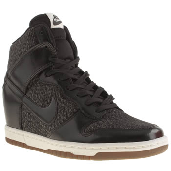 womens nike black & white dunk sky hi trainers
