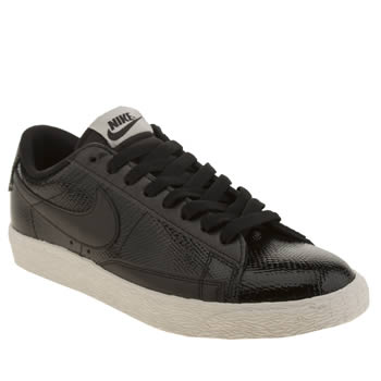 Womens Nike Black & White Blazer Low Premium Trainers