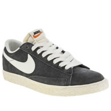 Grey Nike Blazer Low Vintage