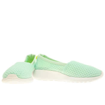 Womens Light Green Nike Roshe Run Slip Trainers | schuh