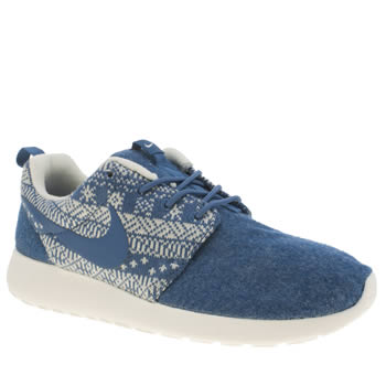 Nike Blue Roshe One Winter Trainers
