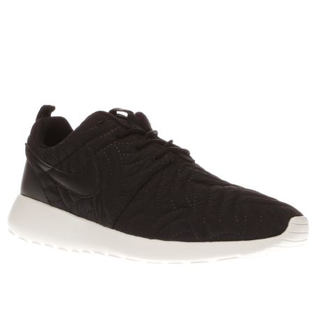 zuccb Womens Black & White Nike Roshe One Premium Trainers | schuh