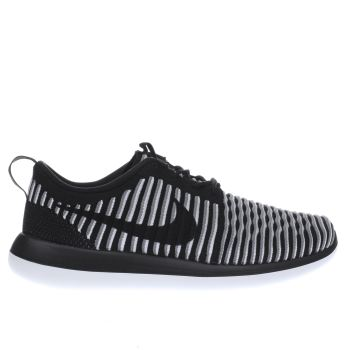 Nike Black Roshe Two Flyknit Womens Trainers