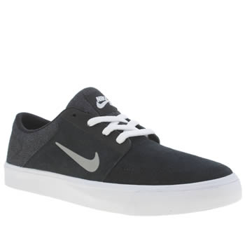 Nike Skateboarding Black & White Portmore Trainers
