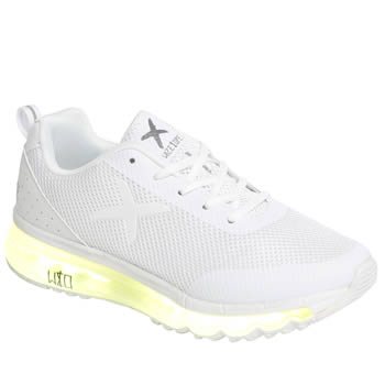Wize & Ope White Xrun Trainers