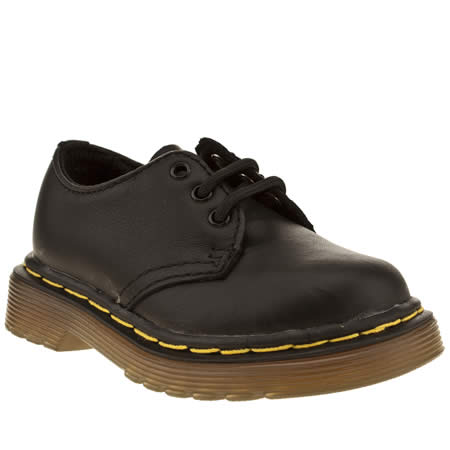 dr martens colby lace shoe 1