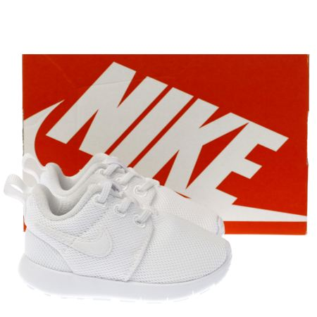 ntqmg Kids White Nike Roshe One Toddler Trainers | schuh