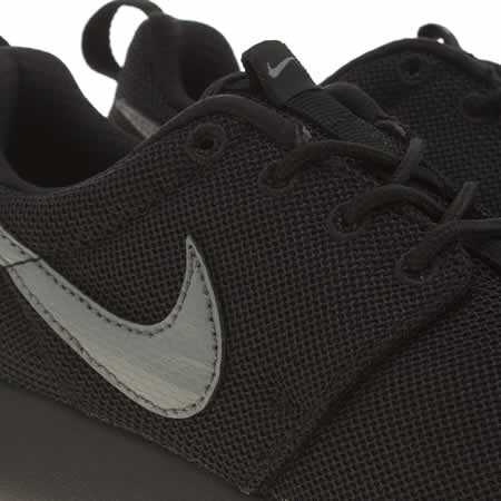 hafbo Kids Black & Grey Nike Roshe One Youth Trainers | schuh