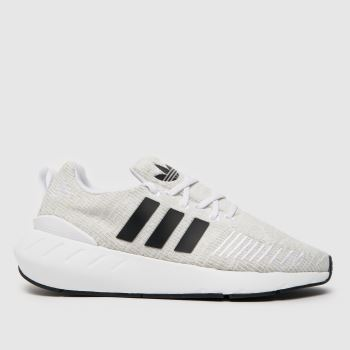 black nike cortez womens