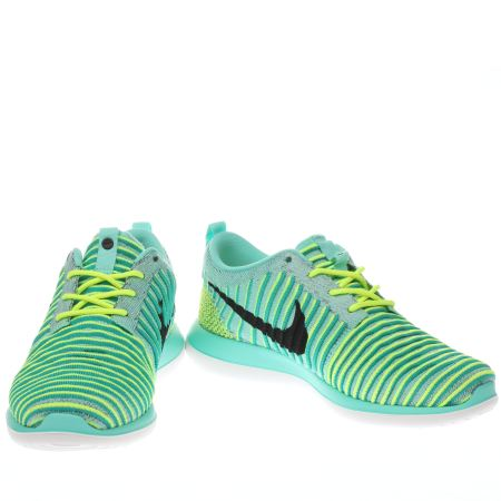 dvmaw Kids Turquoise Nike Roshe Two Flyknit Youth Trainers | schuh