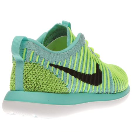 fpikr Kids Turquoise Nike Roshe Two Flyknit Youth Trainers | schuh